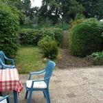Groot terras inclusief tuinstoelen